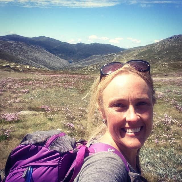 Oooo my @macpac #macpac matches the #wildflowers #SnowyMountains #australia #hiking